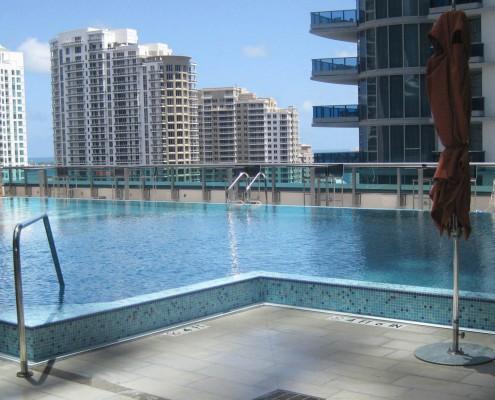 Met 2 Miami Rooftop Steel Pool