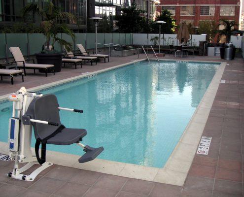 Lee Hill Handicap Pool Lift